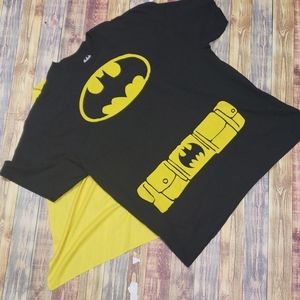 BATMAN MENS TEE WITH DETACHABLE CAPE SIZE XXL